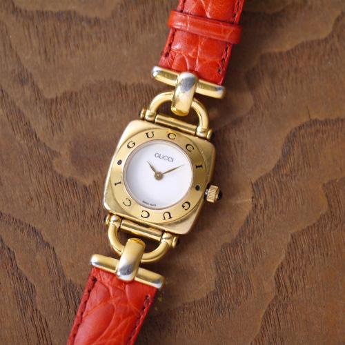 オールドグッチ ホースビット 腕時計